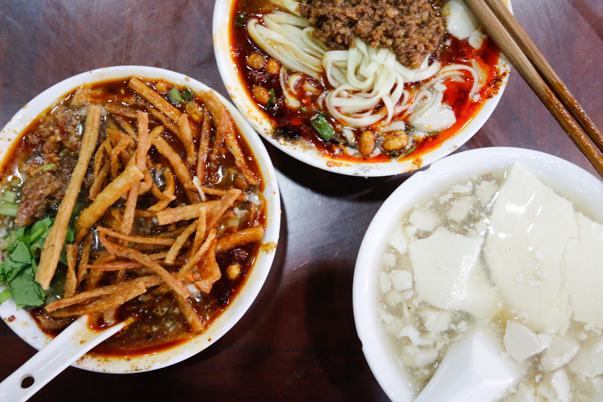 Delicious douhua noodles in chengdu