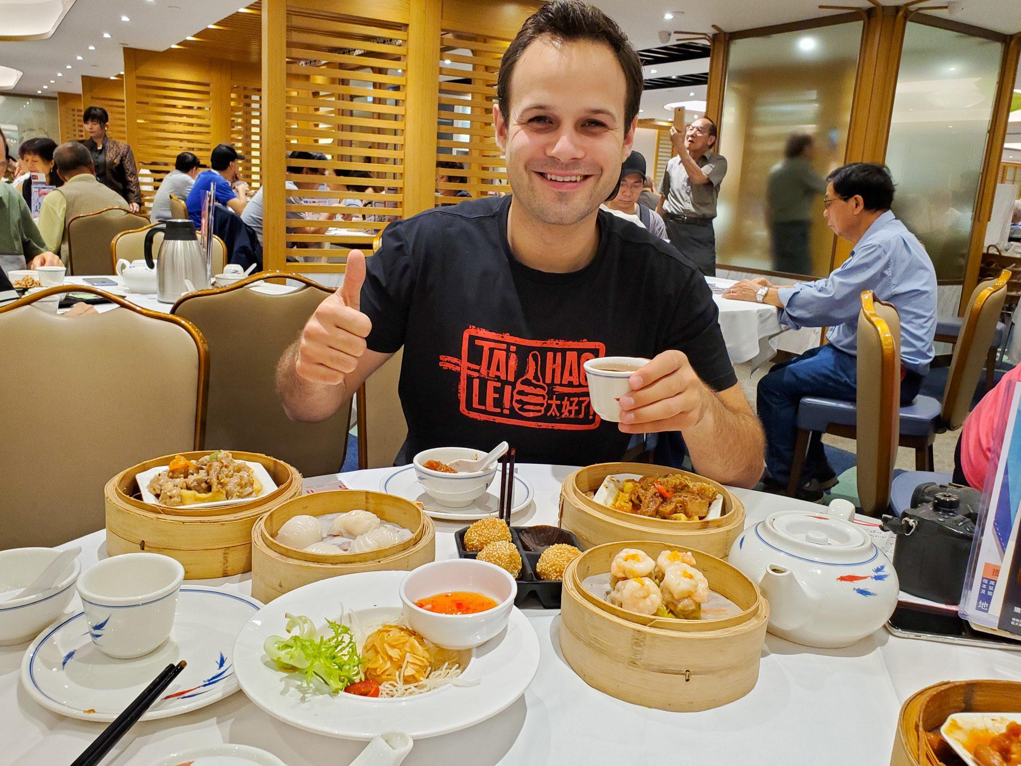 Eating dim sum in hong kong