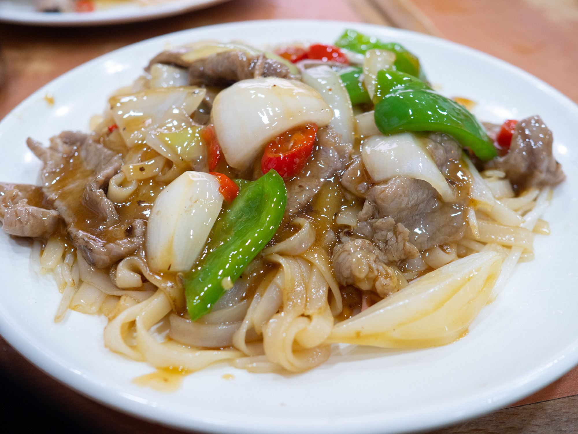 Fantastic, the noodles almost have the same consistency as hand pulled noodles, and the beef gravy is so smooth and enjoyable.