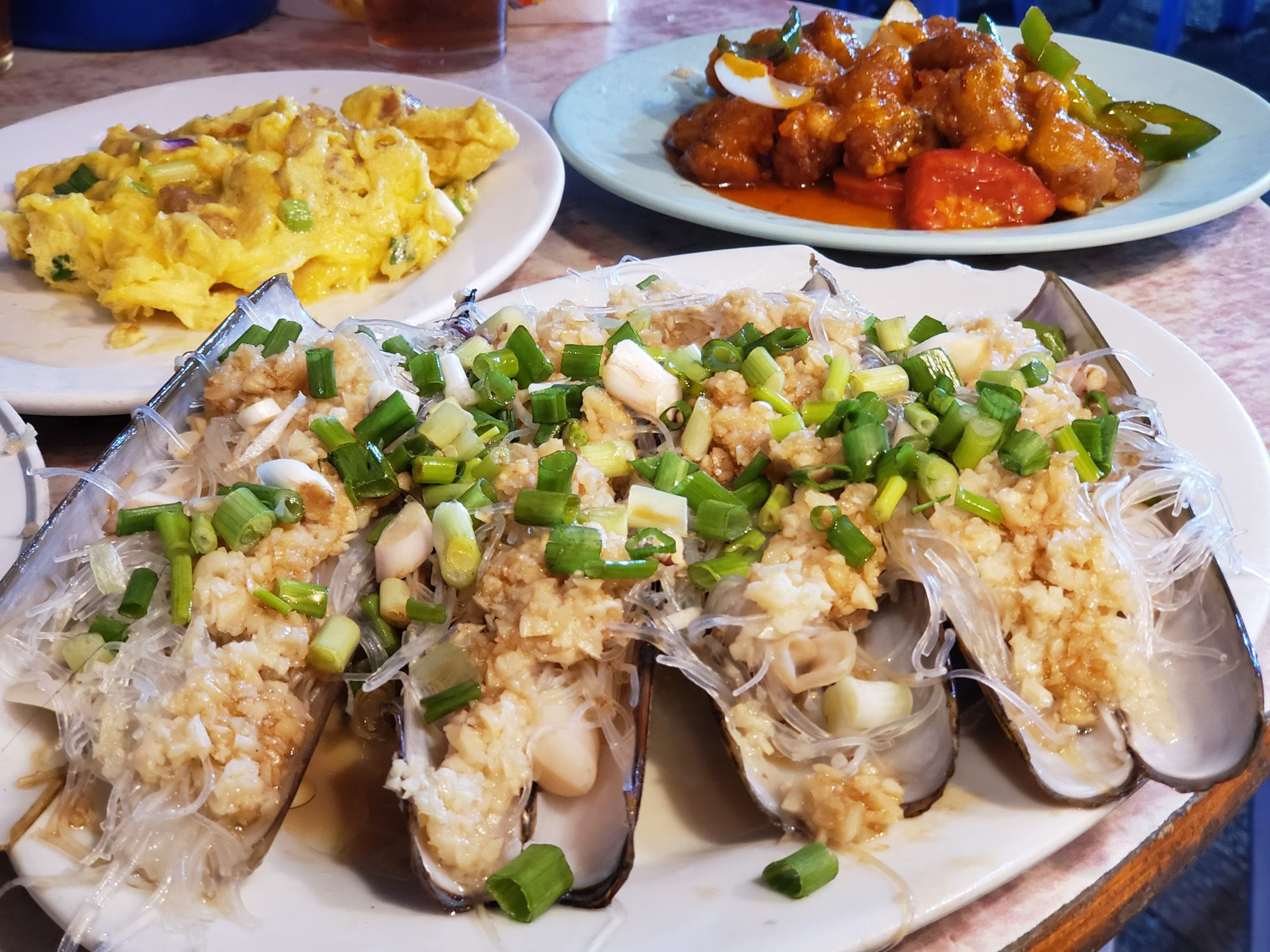 sing kee seafood and scrambled eggs with sweet and sour pork in hong kong